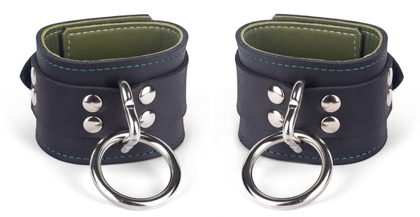 cuffs-with-olive-lambskin-lining